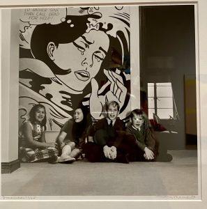Lichetenstein, Wright children in front of Lichtenstein, Gelatin silver photograph, Mary Randlett, Virginia and Bagley Wright collection, Seattle Art Museum