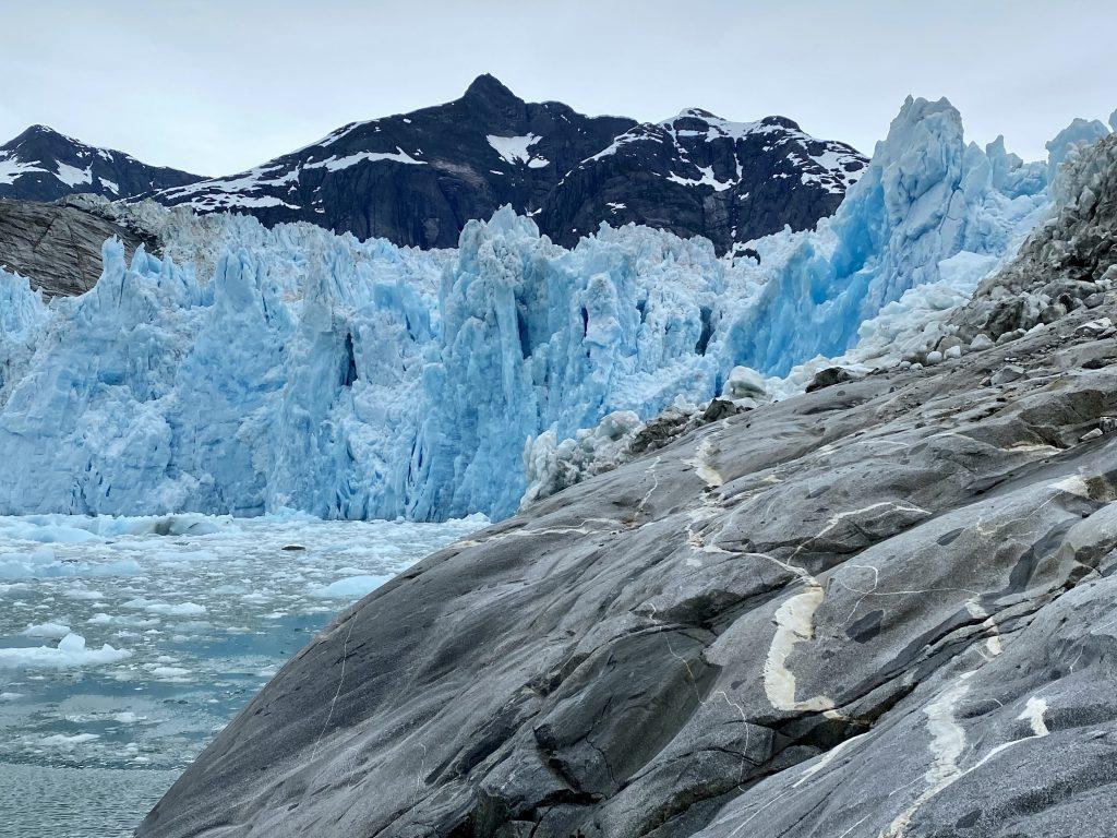 alaska, La Conte Glacier, La Conte Bay, icebergs, Petersburg, granite, white striped rocks