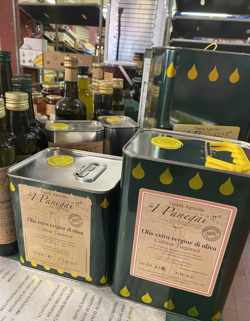 Italian olive oils. Mercato dei Fiori, Ventimiglia, Italy, Ventimille, Italie